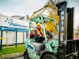 Pallet Delivery near London